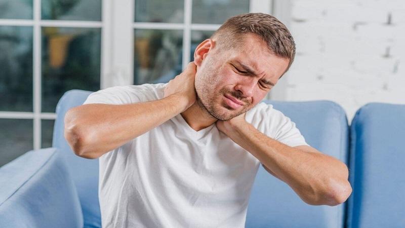 حرکات ورزشی برای گردن درد | بهترین متخصص کایروپراکتیک