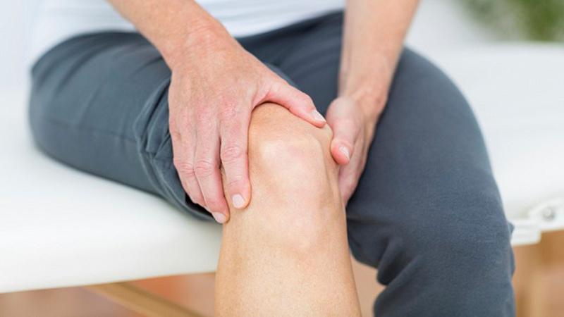 بهترین مختصص کایروپراکتیک | درمان سوزش زانو