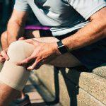 علل خشکی و سفتی مفصل زانو ، تشخیص و درمان | بهترین متخصص کایروپراکتیک